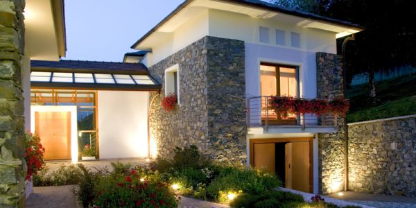 Decora o e projetos ilumina o residencial externa for Iluminacao na piscina e perigoso