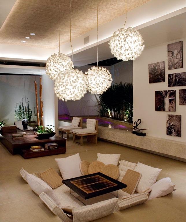 Decora o e projetos salas decoradas com lustres for Gradas decoradas