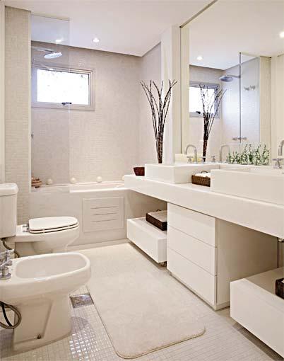 Decoração e Projetos PROJETOS DE BANHEIROS PEQUENOS COM BANHEIRA -> Banheiro Quadrado Banheira