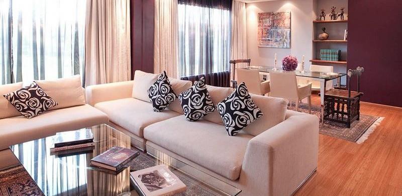 Decora o e projetos decora o de salas com almofadas for Arreglo de muebles de sala