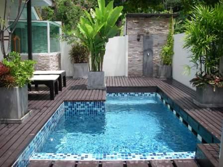 fotos chicas en piscinas: