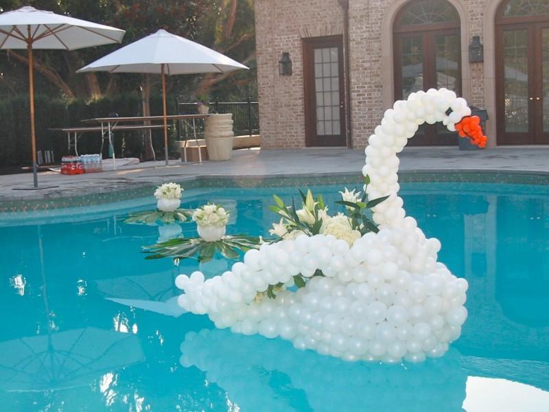 decora o e projetos decora o de piscinas com bal es   fotos