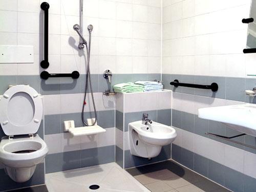 Decoração e Projetos PROJETOS DE BANHEIROS PARA CADEIRANTES -> Banheiro Pne Com Banheira