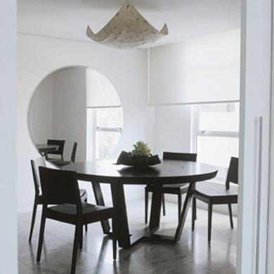 Decora o e projetos salas de jantar decoradas com mesa for Mesas redondas pequenas