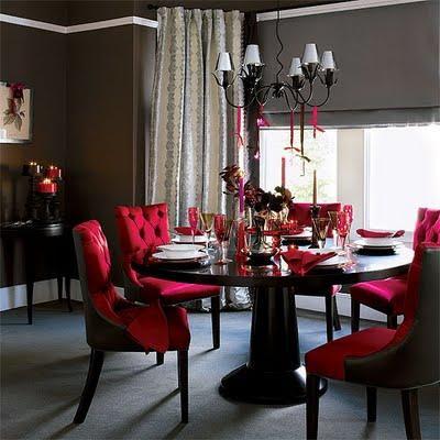 Salas de jantar decoradas com mesa redonda for Black white and red dining room ideas