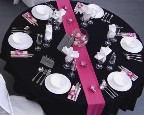 Decora o e projetos decora o de casamento preto e rosa for Deco de table noir et rose