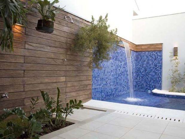 Decora o e projetos fotos de cascatas decoradas para piscinas for Piscina fuori terra quando piove