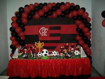 decoração da mesa do bolo do flamengo