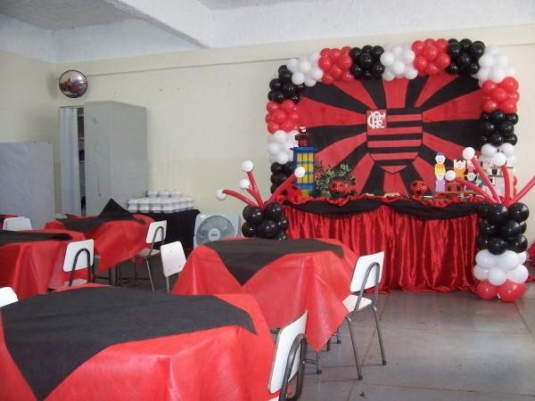 decoração simples do flamengo com tnt