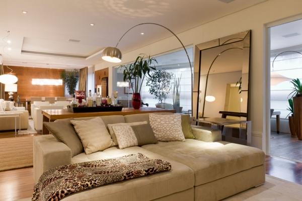 Decoradores de interiores famosos for Decoradores de casas interiores