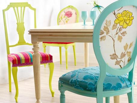 Decora o e projetos m veis antigos restaurados coloridos for Tapizados de sillas modernas