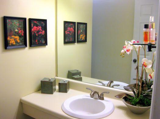 Decoração e Projetos Banheiros Decorados com Quadros -> Banheiros Quadrados Decorados