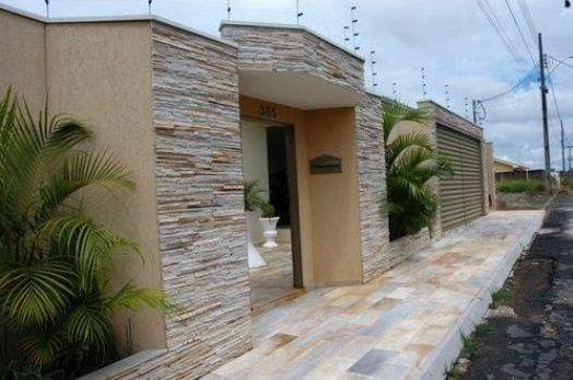 Revestimento para frente de casa for Modelos de fachadas para frentes de casas