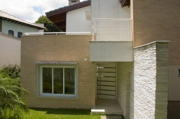 Revestimento para frente de casa for Modelos fachadas para frente casa