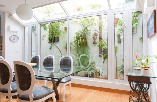 As casas pequenas com jardim de inverno podem ser conseguidas com bom planejamento antes do início das obras (Foto: Divulgação)