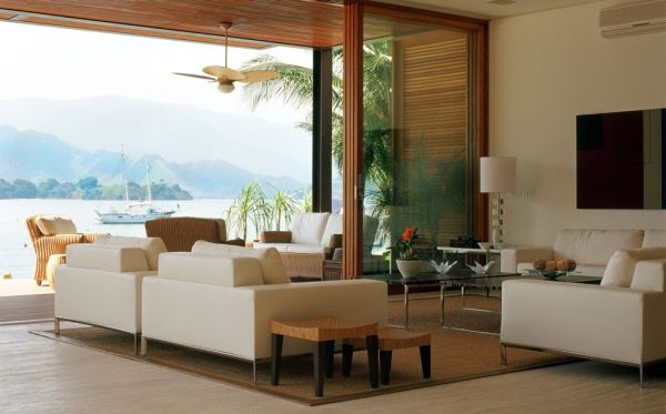 A decoração para varandas integradas com salas pode deixar seu ambiente ainda mais diferenciado (Foto: Divulgação)