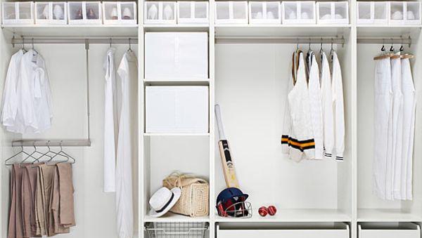 Uma boa iluminação interna para guarda-roupas além de deixar sua vida mais prática ainda deixa o espaço renovado (Foto: Divulgação)