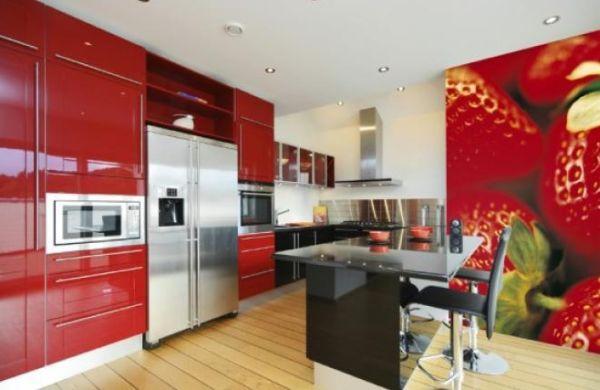 A decoração com papel de parede para cozinha deixará seus momentos de reunião com a família e amigos muito mais divertidos (Foto: Divulgação)