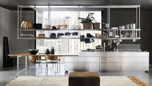 A decoração de ambientes com peças de metal é interessante e diferenciada, além de uma ótima opção para quem quer repaginar o lar sem muitos esforços (Foto: Divulgação)