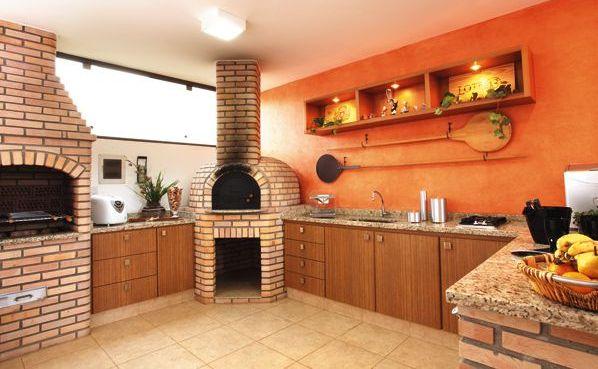 A decoração para área de churrasco na cozinha pode seguir o estilo que você quiser, desde o rústico até o sofisticado (Foto: Divulgação)