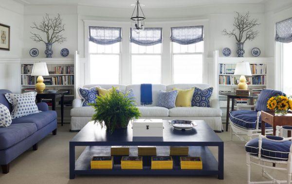 A decoração com peças de porcelana azul e branco deixará sua casa com toque mais refinado (Foto: Divulgação)