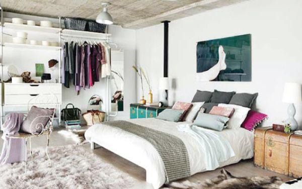 A decoração de quartos sem armários pode ser tão especial e diferenciada quando a decoração de um quarto com muitos armários (Foto: Divulgação)