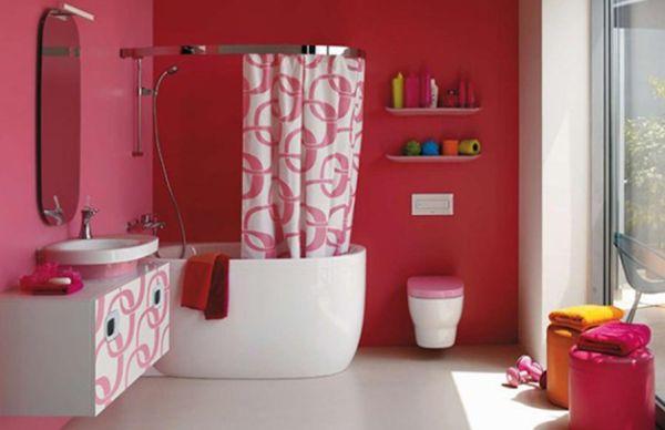 A decoração colorida para banheiros é fortíssima tendência de decoração e deixa toda a sua casa mais alegre e animada (Foto: Divulgação)