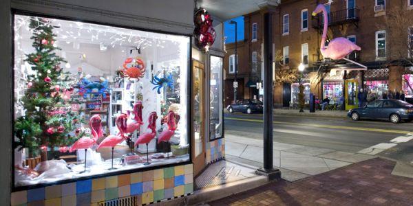 A decoração de Natal para lojas deve ser a mais atrativa possível, para que além de aumentar as vendas natalinas ainda valorize o estabelecimento (Foto: Divulgação)