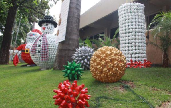 Decoraç u00e3o e Projetos Decoraç u00e3o de Natal para Escolas -> Decoração De Natal Simples Escola