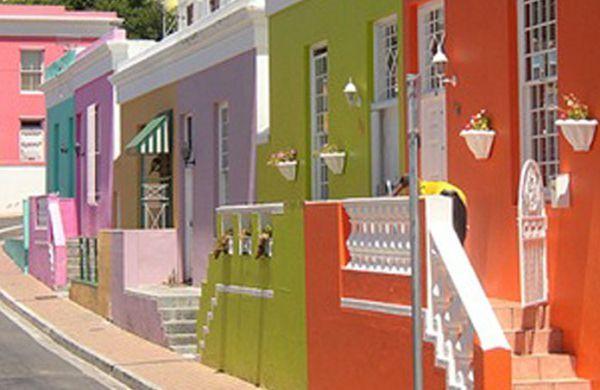 A decoração de fachadas com revestimentos é a maneira mais fácil de repaginar a área externa de seu lar (Foto: Divulgação)