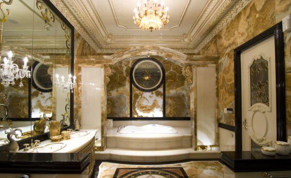 Os banheiros decorados com luxo não são somente uma forma de ostentação, mas também uma maneira de relaxar ainda mais ao final do dia e recarregar as energias em meio ao conforto extremo (Foto: Divulgação)
