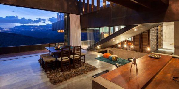 A decoração de casas com janelões é uma opção moderna que diferencia toda a casa (Foto: Divulgação)