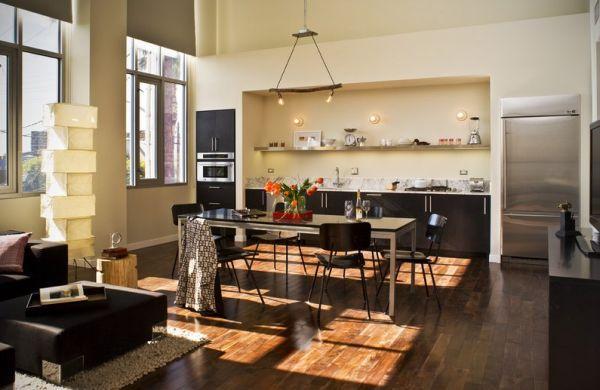 A decoração de cozinhas com pé direito alto pode proporcionar vários elementos diferenciadores e facilitadores para o seu dia a dia (Foto: Divulgação)