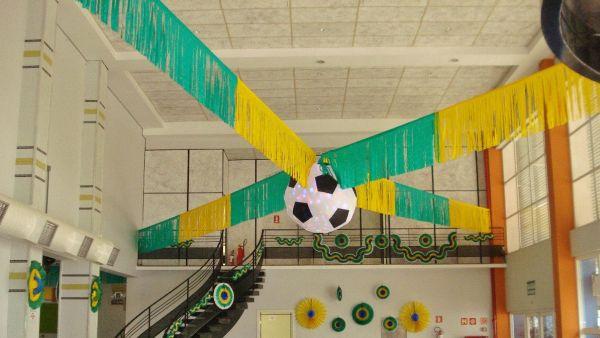 A decoração Copa do Mundo para escola além de divertida pode ser também pedagógica (Foto: Divulgação)