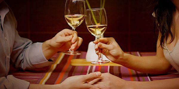 A decoração de varanda para jantar romântico pode ser o toque especial que faltava para a sua noite dos namorados ser ainda mais especial (Foto: Divulgação)