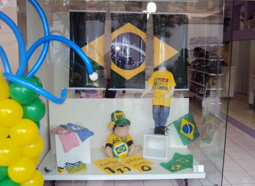 A decoração de vitrines para Copa do Mundo 2014 deve ser a mais interessante possível (Foto: Divulgação)
