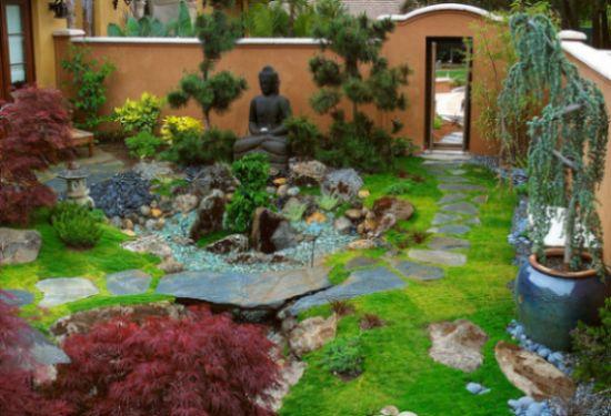 A decoração de jardim japonês vai proporcionar a você um espaço a mais para relaxar e descansar (Foto: underscripts.com)