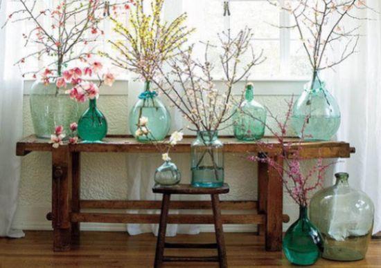 A decoração de primavera em casa pode ser adaptada de outros estilos (Foto: lushome.com)