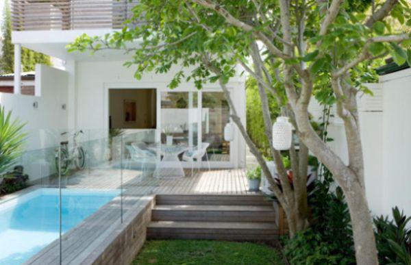 jardins quintal pequeno:decoração para quintal pequeno com piscina pode ficar bem