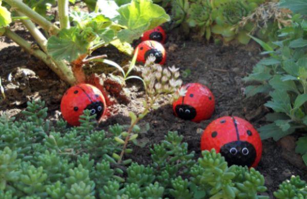 decorar um jardim:Este artesanato para decorar jardim pode também decorar outros