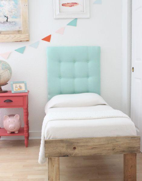 Cabeceira de lenço pode ser conseguida sim, e de forma bem fácil (Foto: welivedhappilyeverafter.com)