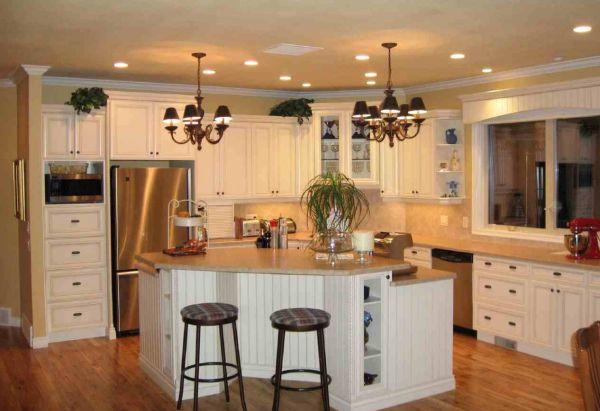 Há muitas opções para você decorar balcão de cozinha americana (Foto: francotechnogap.com)