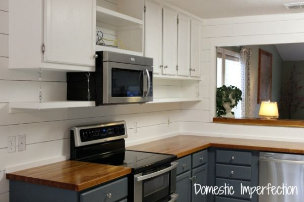 Há possibilidades para você conseguir aumentar um armário de cozinha (Foto: domesticimperfection.com)
