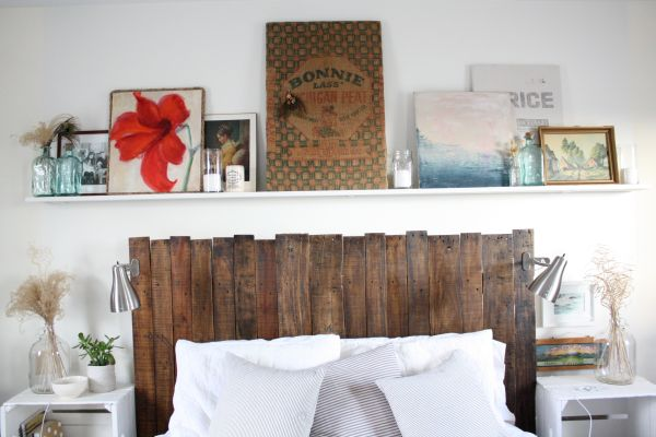 A decoração de quarto com caixotes e paletes é muito fácil de ser conseguida (Foto: ricedesignblog.com)