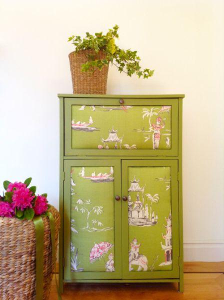 Armário antigo reformado por você é barato, mas muito lindo (Foto: mydearirene.com)