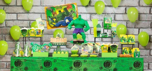 Decorações de festa infantil do Incrível Hulk são interessantes e os garotos adoram (Foto: estasepresentesblog.com.br)