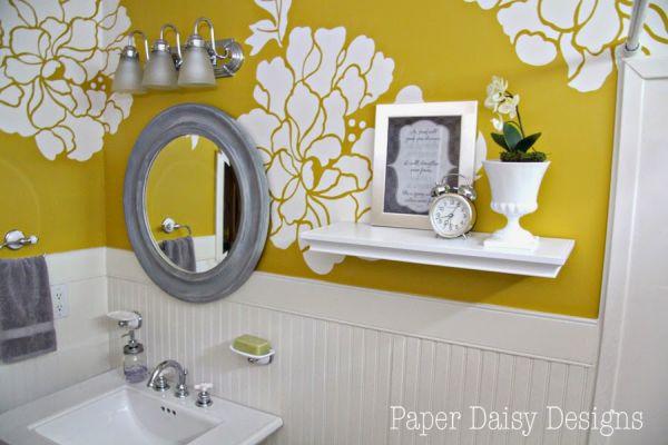 Você pode também fazer esta ideia para decoração de banheiro com papel de parede em outros cômodos de sua casa (Foto: paperdaisydesign.com)