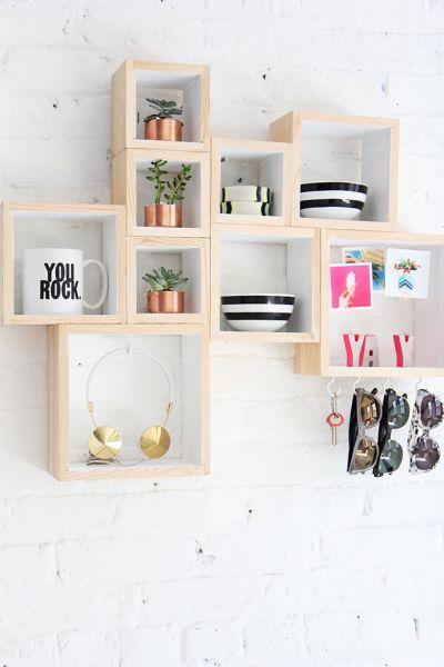 Esta ideia para decoração de parede com madeira é simples, mas linda (Foto: ispydiy.com)