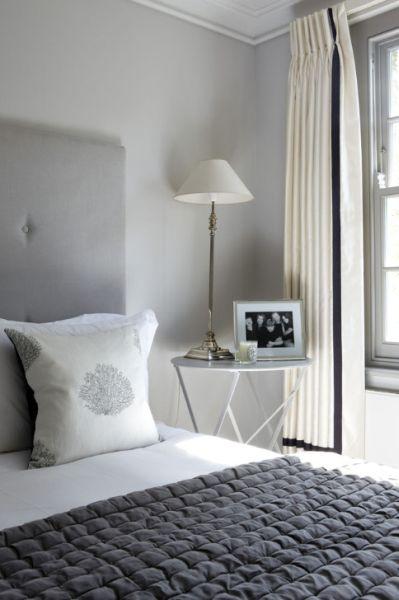 Projetos – Decoração de Quarto de Casal Cinza e Branco