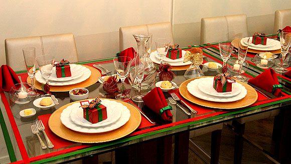 Há muitas e lindas ideias para decorar mesa na festa de Natal (Foto: silviaoliveira.com.br)